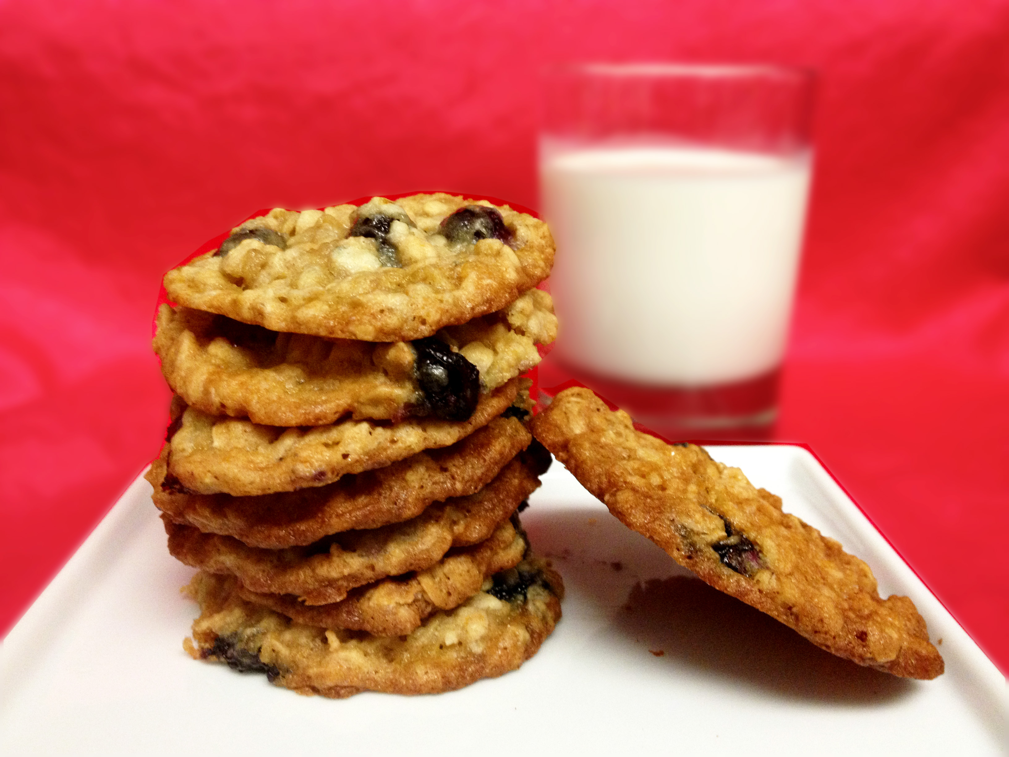 Honey Blueberry Oatmeal Cookies